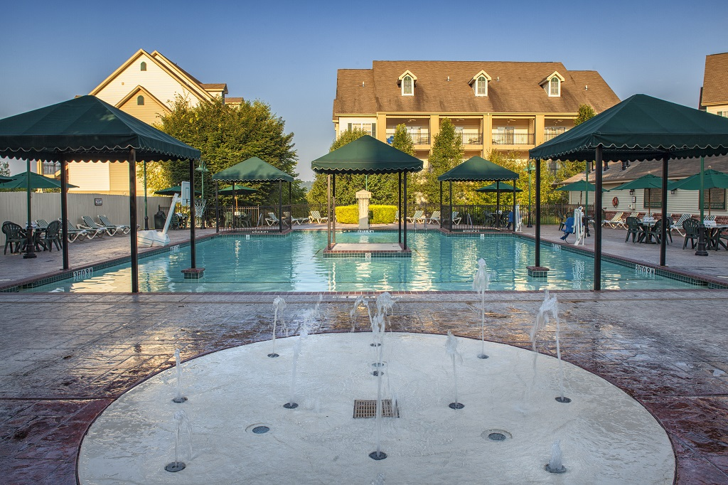 Branson French Quarter Pool and Splash Pad